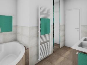 LH31 Badewanne, Handtuchtrockner und Spiegel raumhoch